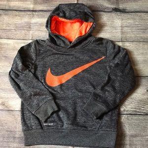 Youth Nike hoodie.  Sz 5